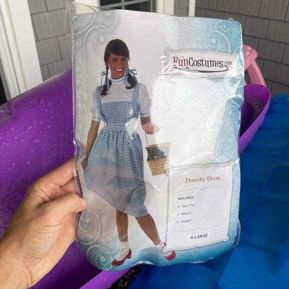 XL Wizard of OZ - Dorothy Costume.